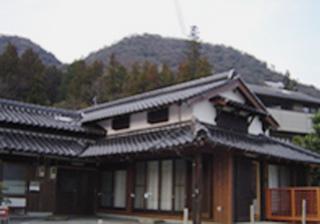 2006Y-01.jpg